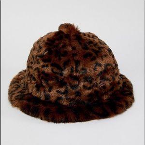 NWOT Kangol Leopard Print Faux Fur Bucket Hat